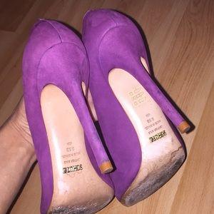 SCHUTZ Shoes - Schutz Purple Suede Pointed Toe Heels Size 9.5